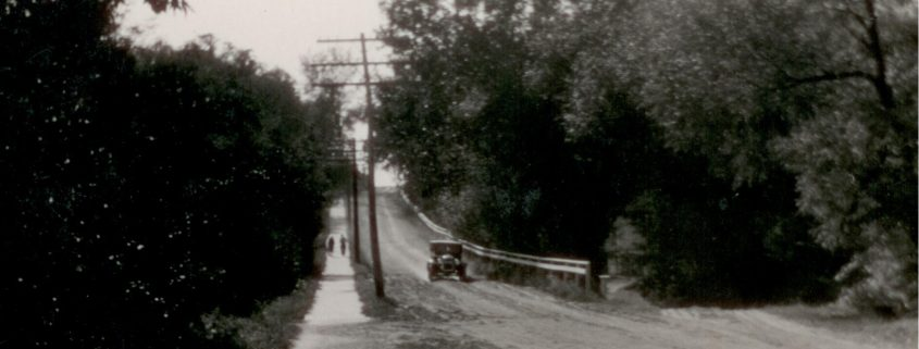 Center Street Hill as it appeared leading up to the DMLC campus in the early 1900s