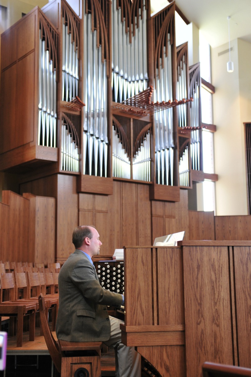 Organ and Organist